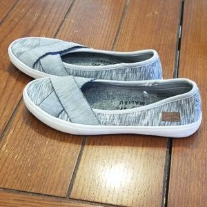 Blowfish Lacey Slip On Size 8